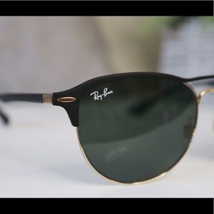 Ray-Ban Accessories - Ray-Ban LITEFORCE Sunglasses • Unisex •